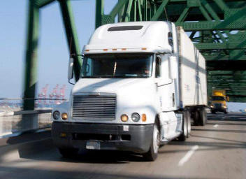 How Trucking Companies Can Benefit from Factoring Invoices